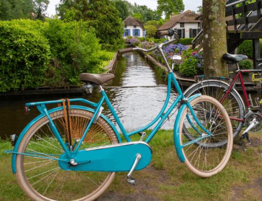 bike rental in giethoorn