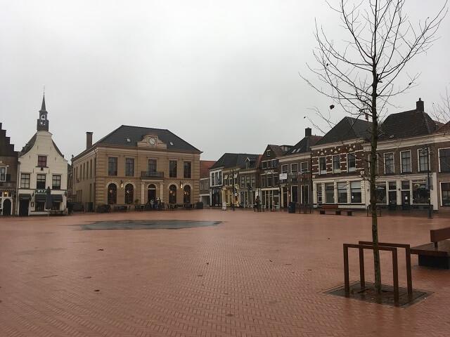 steenwijk square market